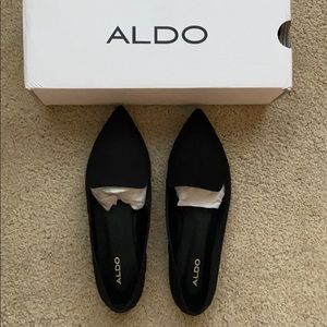 NWB Aldo  black flats size 8.5